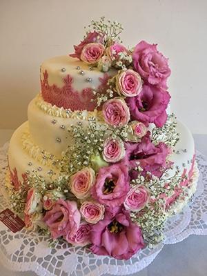 Mehrstöckige Hochzeitstorten